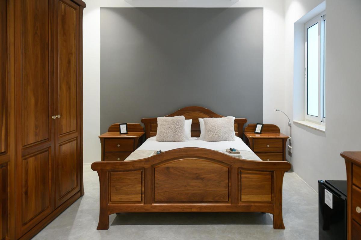 Wunderbares Doppelzimmer in Pieta B B Marina