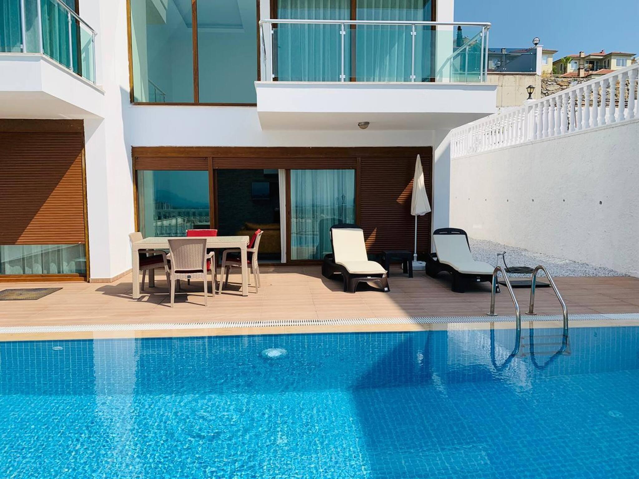 Beste Qualitt Moderne Villa Mit Privatem Pool