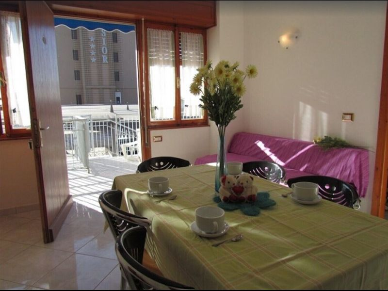 Three-room apartment with large terrace near the beach - Beach place included