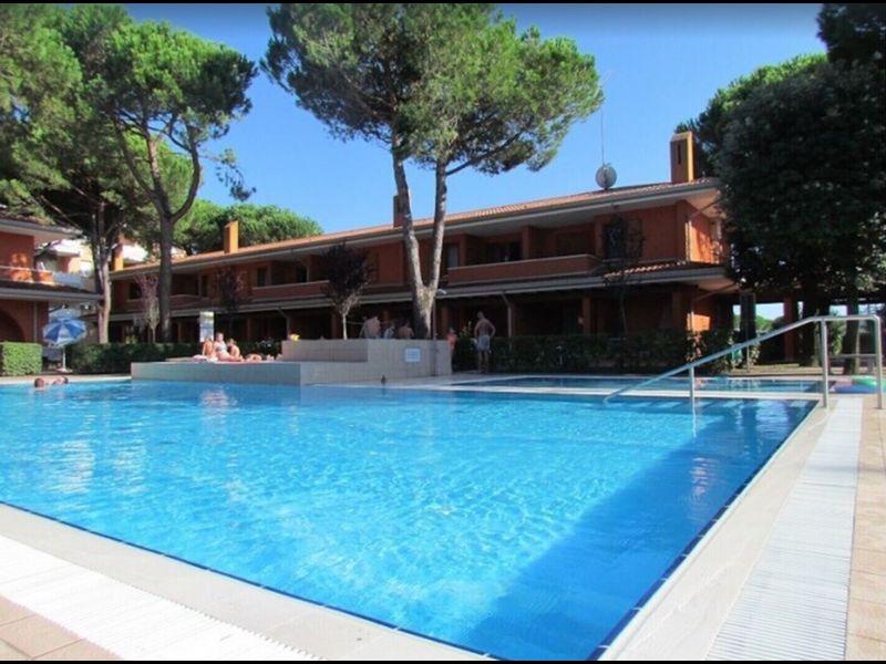 Residence apt. con piscina - Aria condizionata - Parcheggio