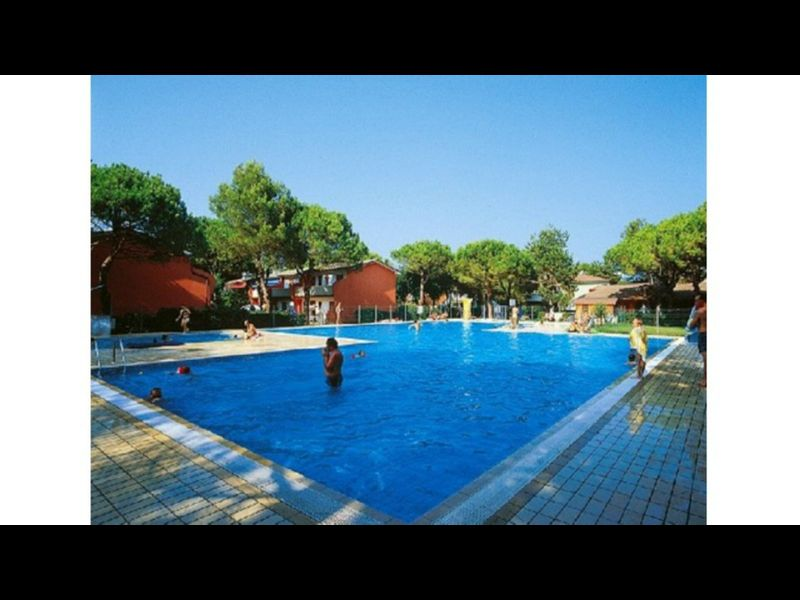 Holiday complex with pool, near beach in Bibione - Ideal for Families