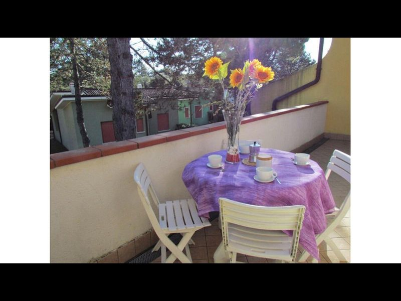 Big Apartment with Terrace & Barbecue - Residence with Private Pools and Garden