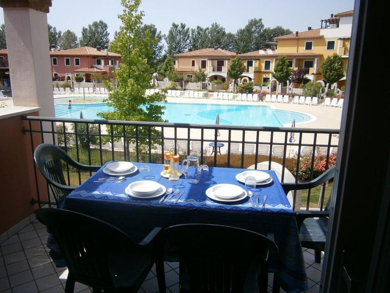 Apartment in Resort near Venice - Swimming pools and playground