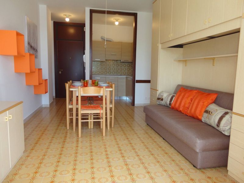 Beautiful Two-room Apartment Ideal For Families - Swimming Pool