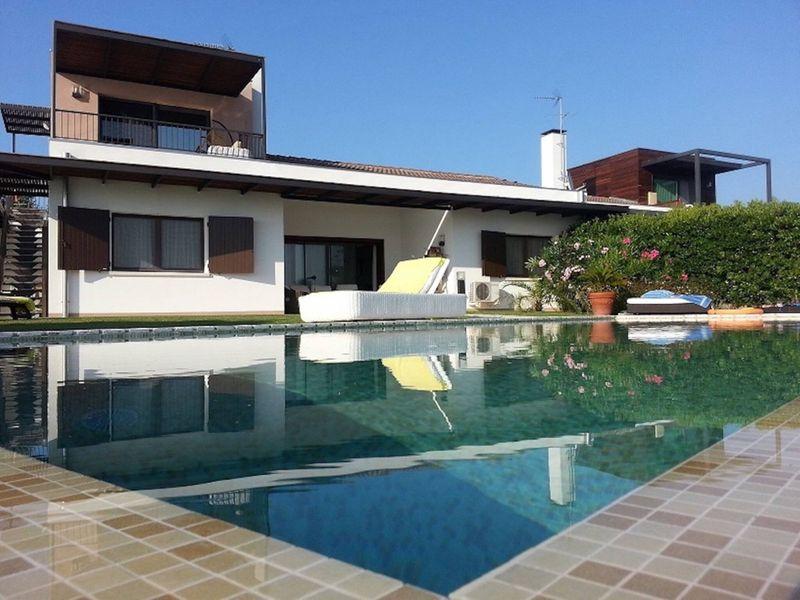Bella Villa con Piscina Privata - Isola Albarella