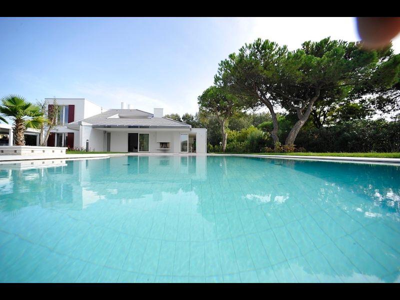 Villa con Piscina Privata - Vacanza di Lusso