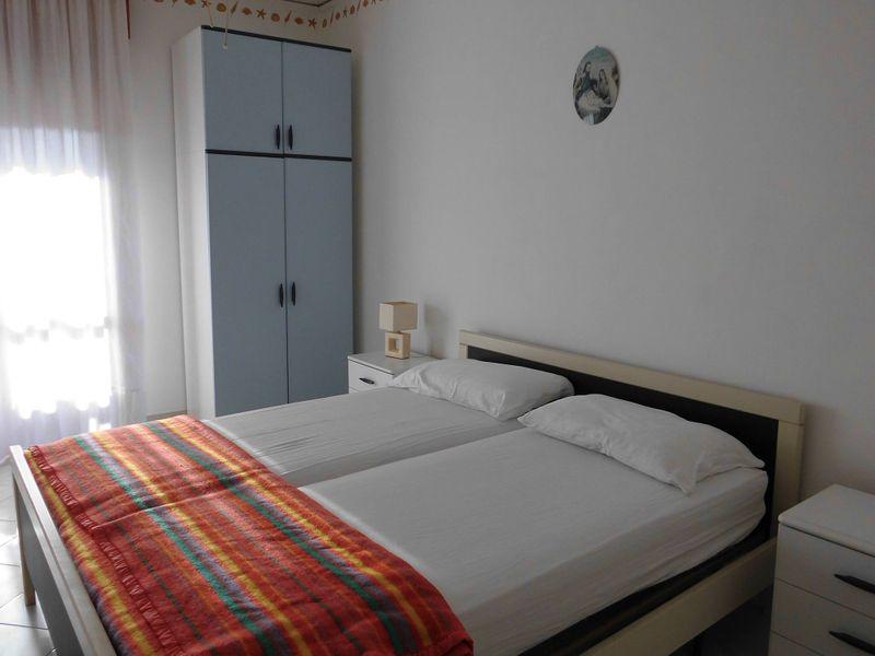 Bello Appartamento per 5 Persone - A/c - Terrazzo - Piscina