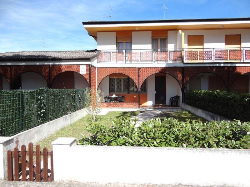 Beautiful house with garden near the beach