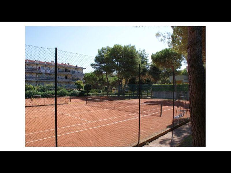 Modern Apartment - Pool - Tennis courts