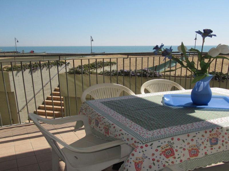 Appartamento per 6 con splendida vista sul mare