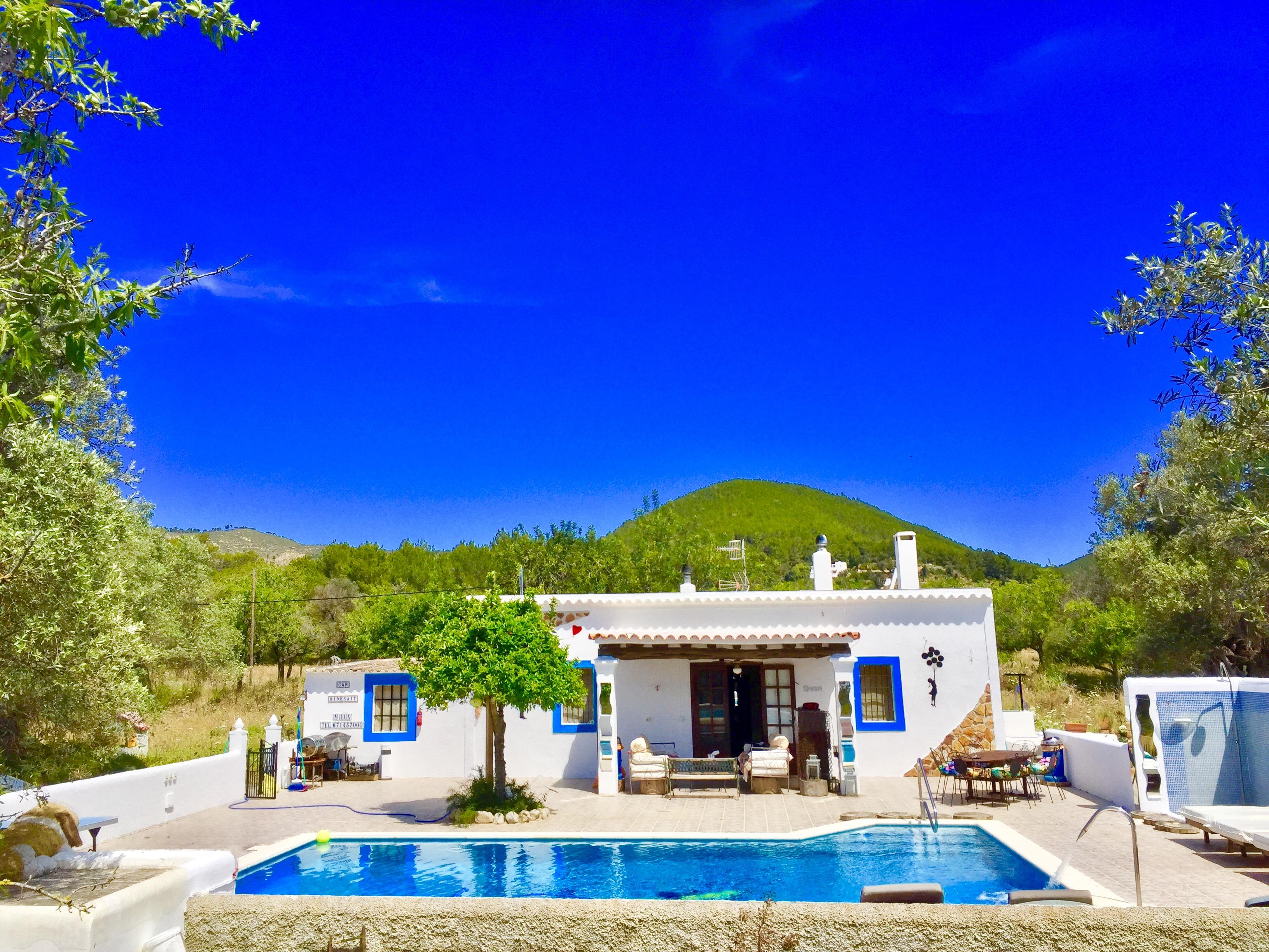 Ein wunderschnes Landhaus Landhaus privet ruhig in der Landschaft santa eularia