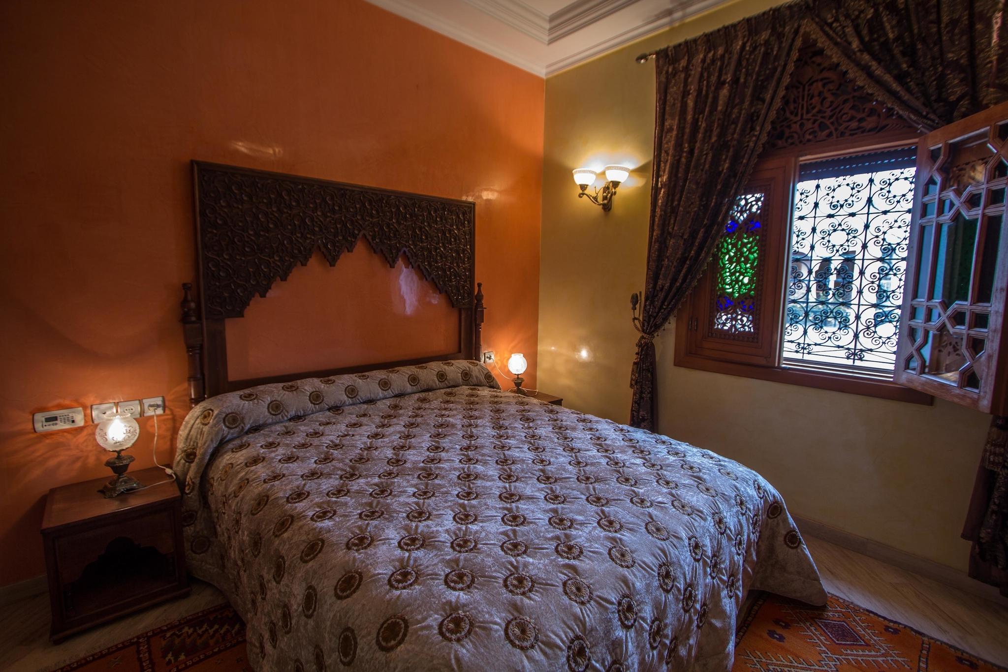 Kawtar Zimmer - groses Bett 160  in Afrika