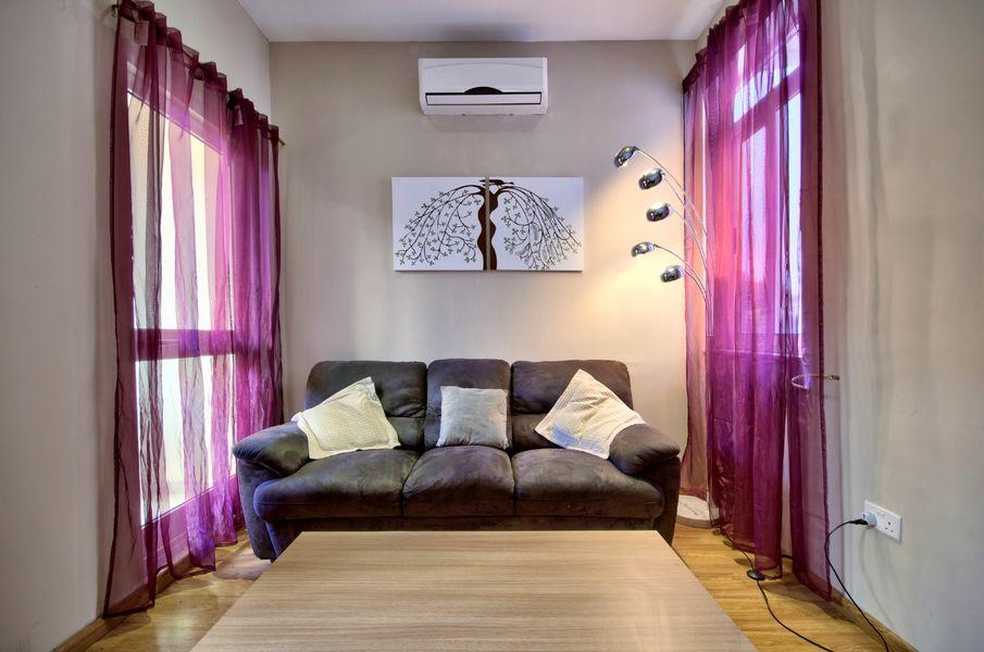 Sunny Sliema 2-bedroom Apartment