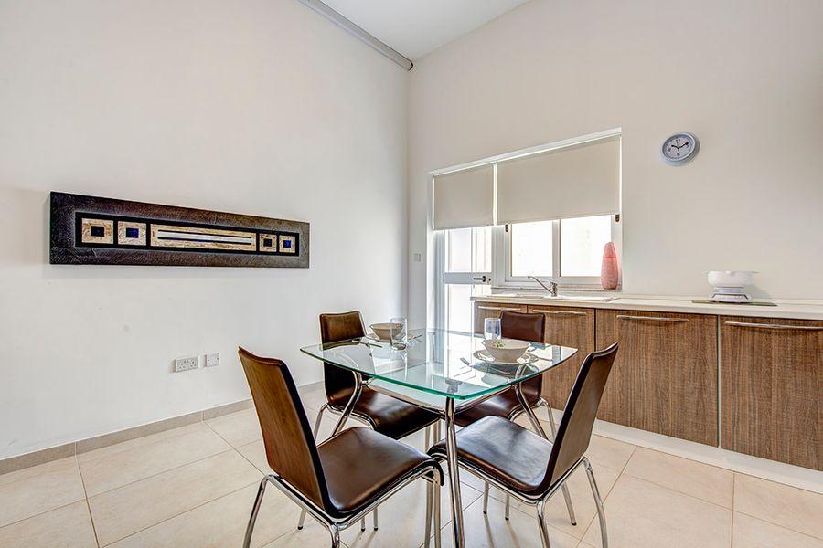 Sliema, Tigne Area 2-bedroom Apartment