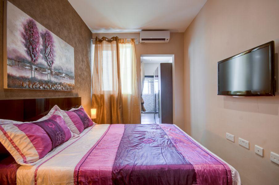 Spacious Sliema 2-bedroom Apartment
