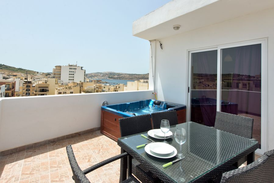 Delfin Penthouse with Views