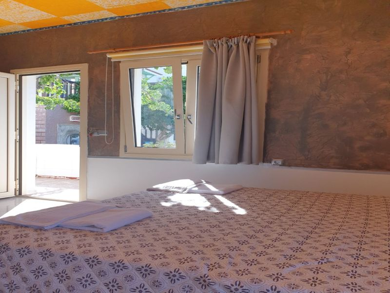 Studio Quiet And Peaceful And Very Relaxing with kitchen, shared pool and Ac