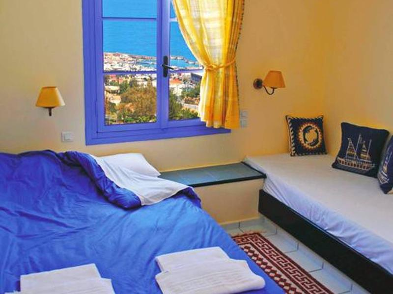 Peaceful And Very Relaxing Suite near Crete Sea view, shared pool, air condition