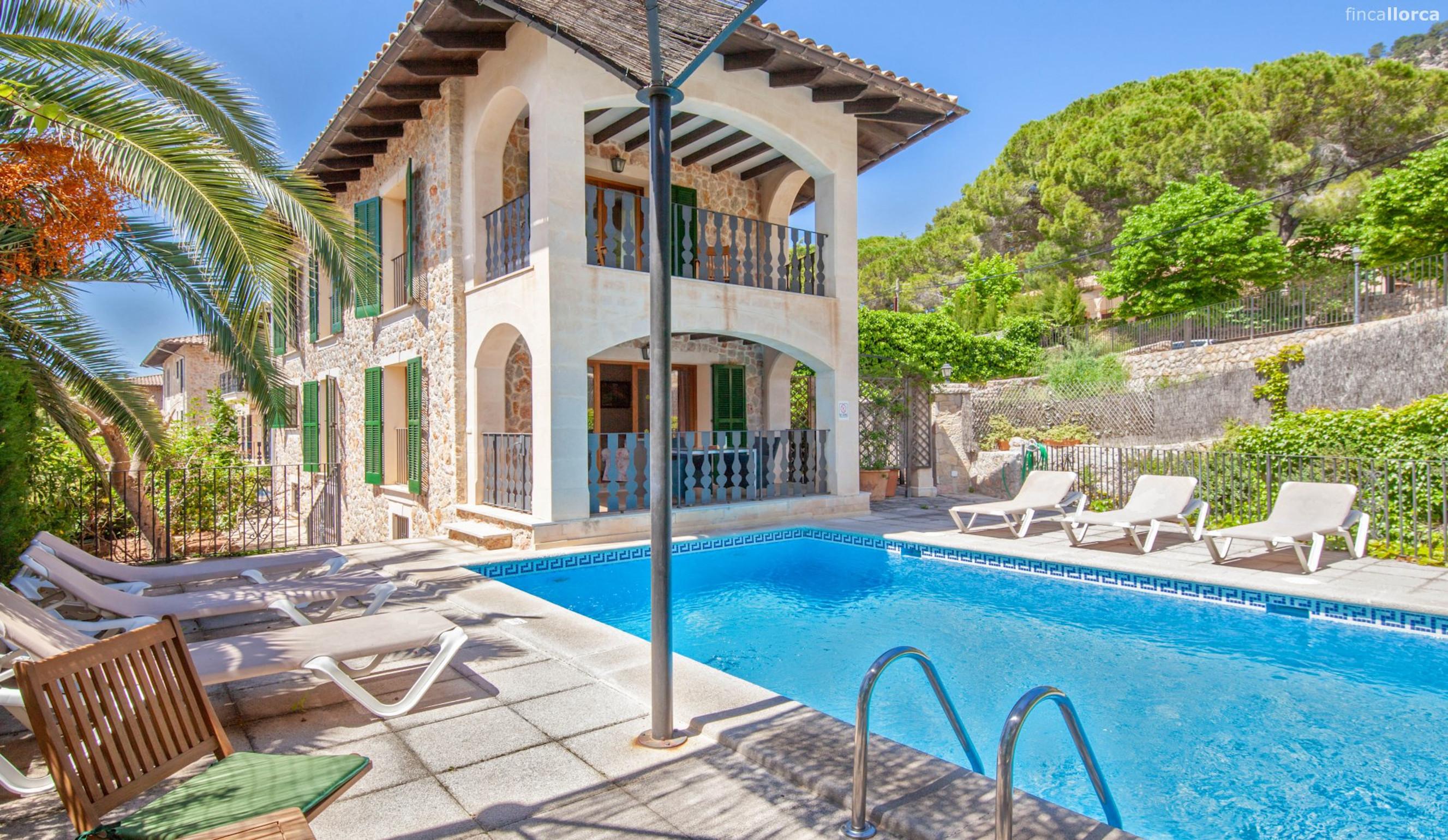 Schone Villa mit privatem Pool in Valldemossa