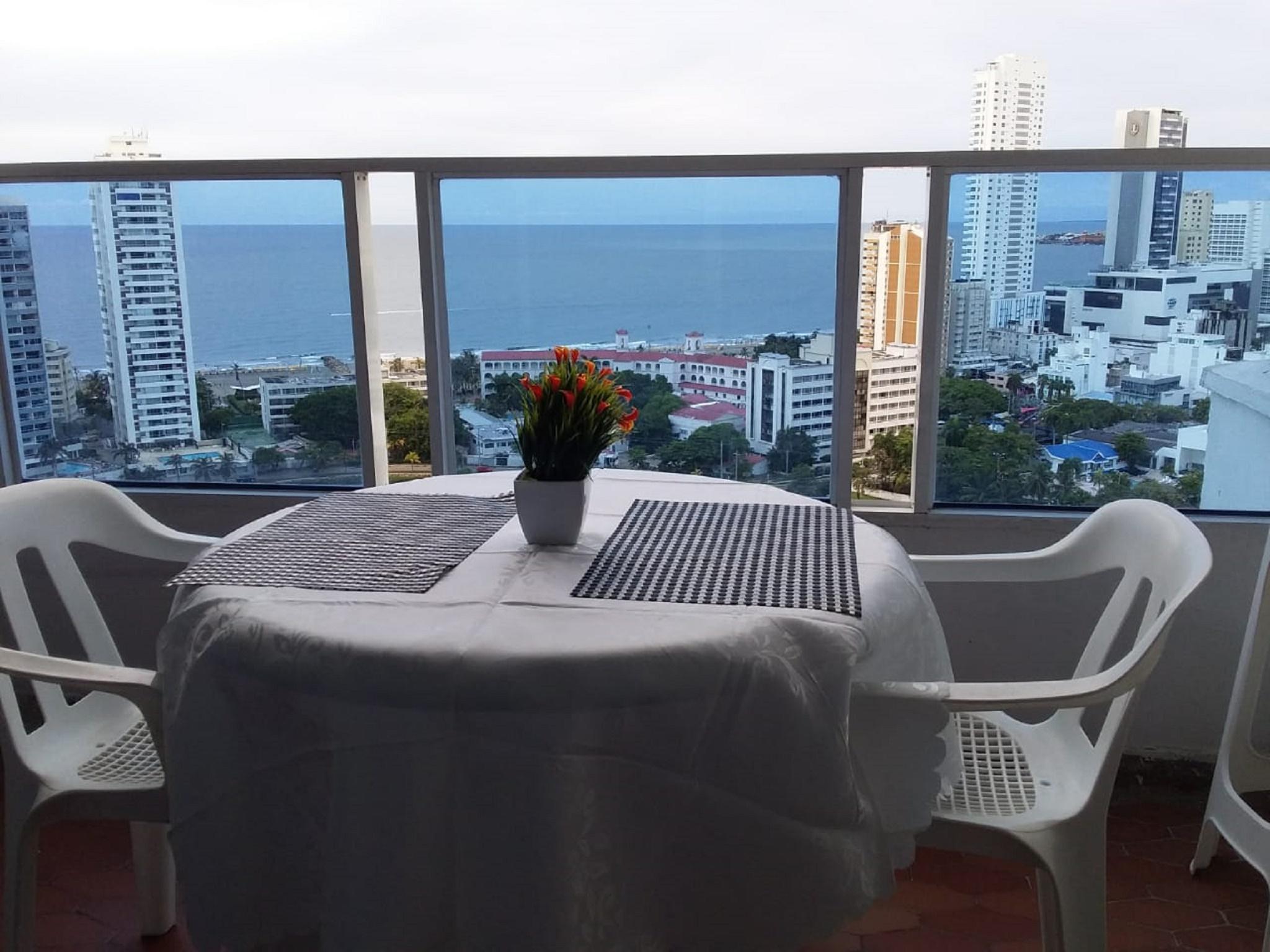Wohnung in Cartagena direkt am Meer E21c