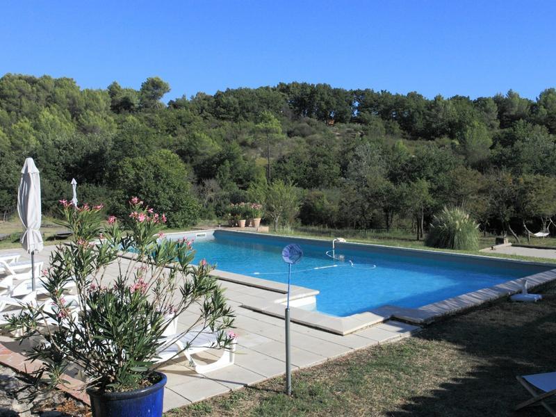 Mas Provençal - La détente aux couleurs de la campagne du pays D'apt