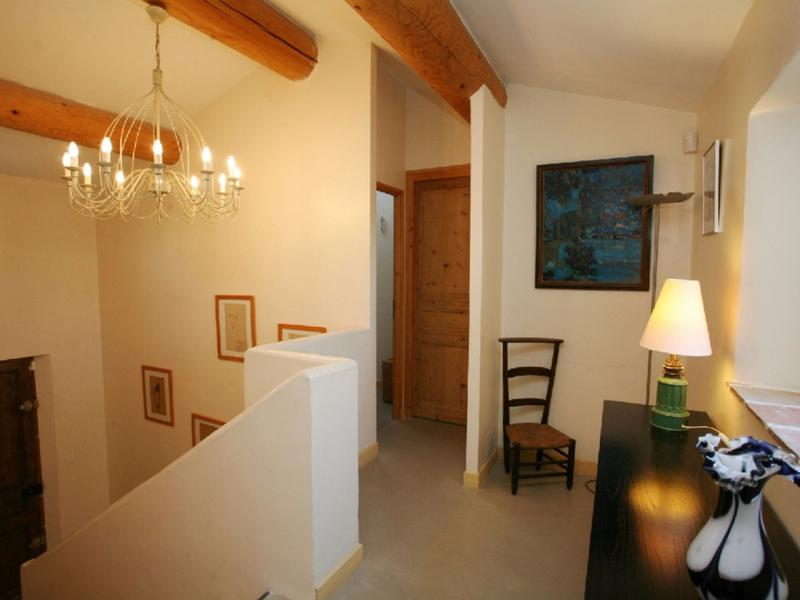 La Traditionnelle - Prestige et confort au cœur du village de Goult