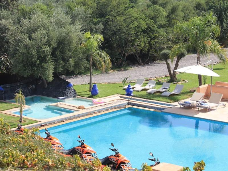 Villa des Senteurs - Enchanting estate with swimming pool and jacuzzi