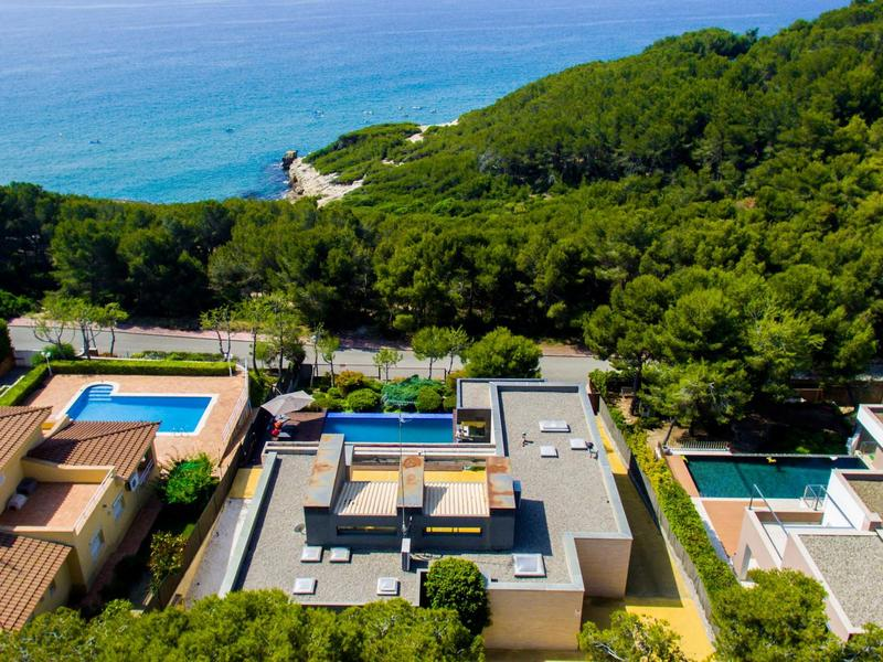 Villa Prestigia With Private Pool And Sea View