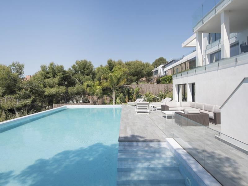 Spa Villa : luxueux spa avec vue spectaculaire sur la mer
