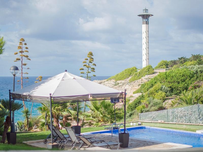 Villa La Luminosa : 50m from the beach