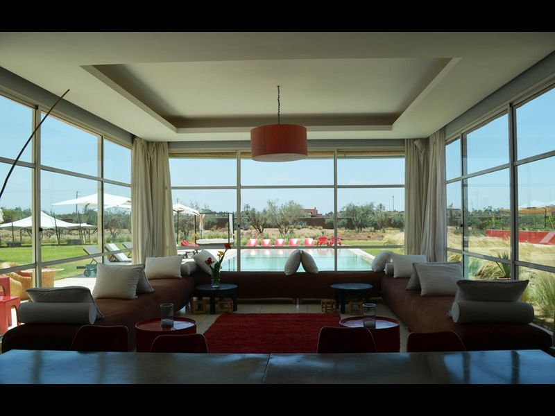 Villa de luxe avec piscine et tennis