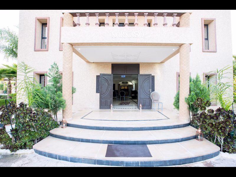 Villa Hadia et sa piscine privée et un service impeccable