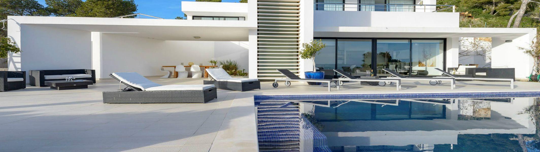 Villa de lujo al estilo minimalista