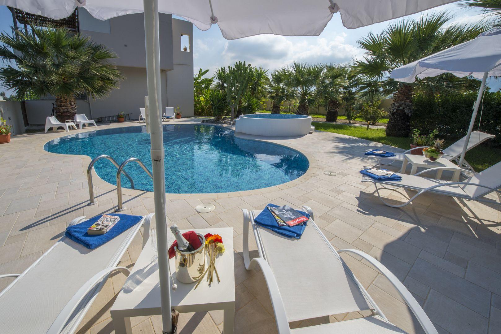 Holiday house Xenos Villa 2 Mit 4 Schlafzimmern, privatem Pool, in der Nhe des Meeres in Tigaki (2646103), Kos, Kos, Dodecanes Islands, Greece, picture 1