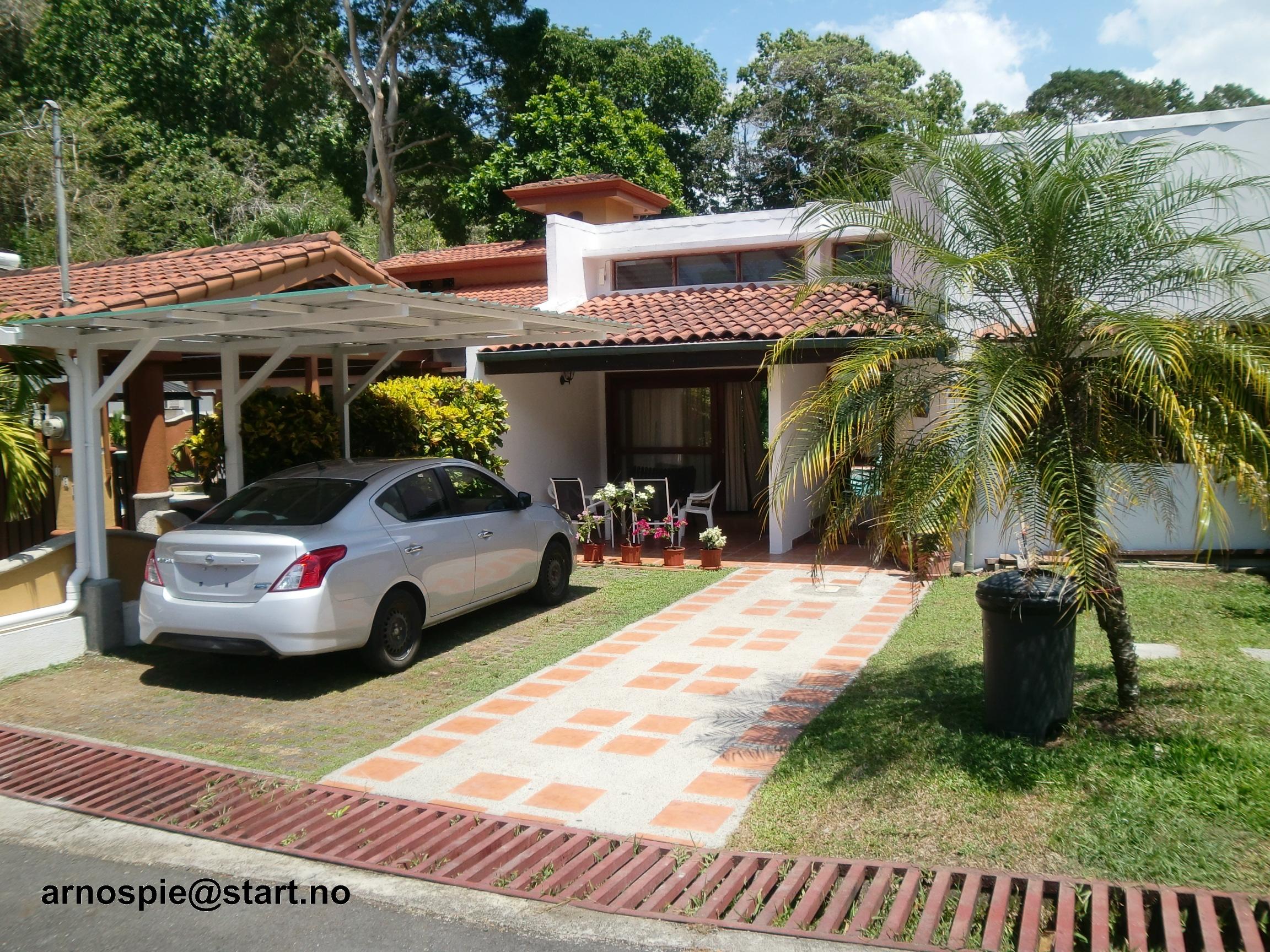 Urlaub Strandhaus mit Schwimmbad in Punta Leona Resort, Costa Rica