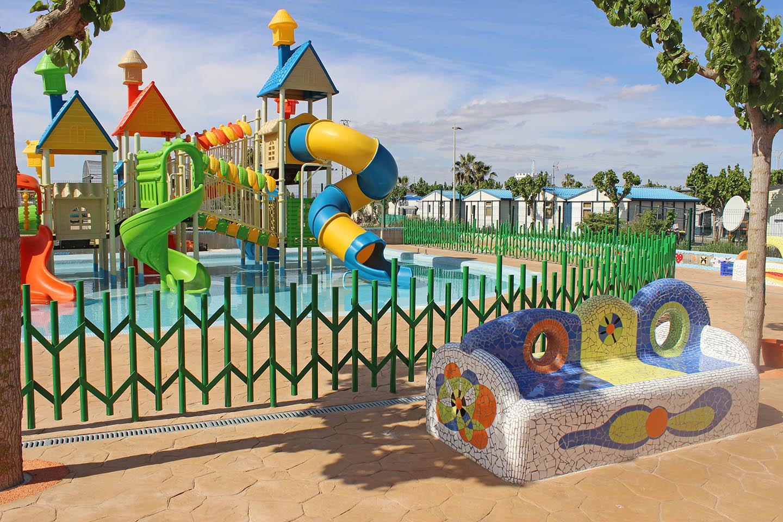 Familiencamping mit Wasserpark in der Sommersaison Ferienhaus  Costa del Azahar