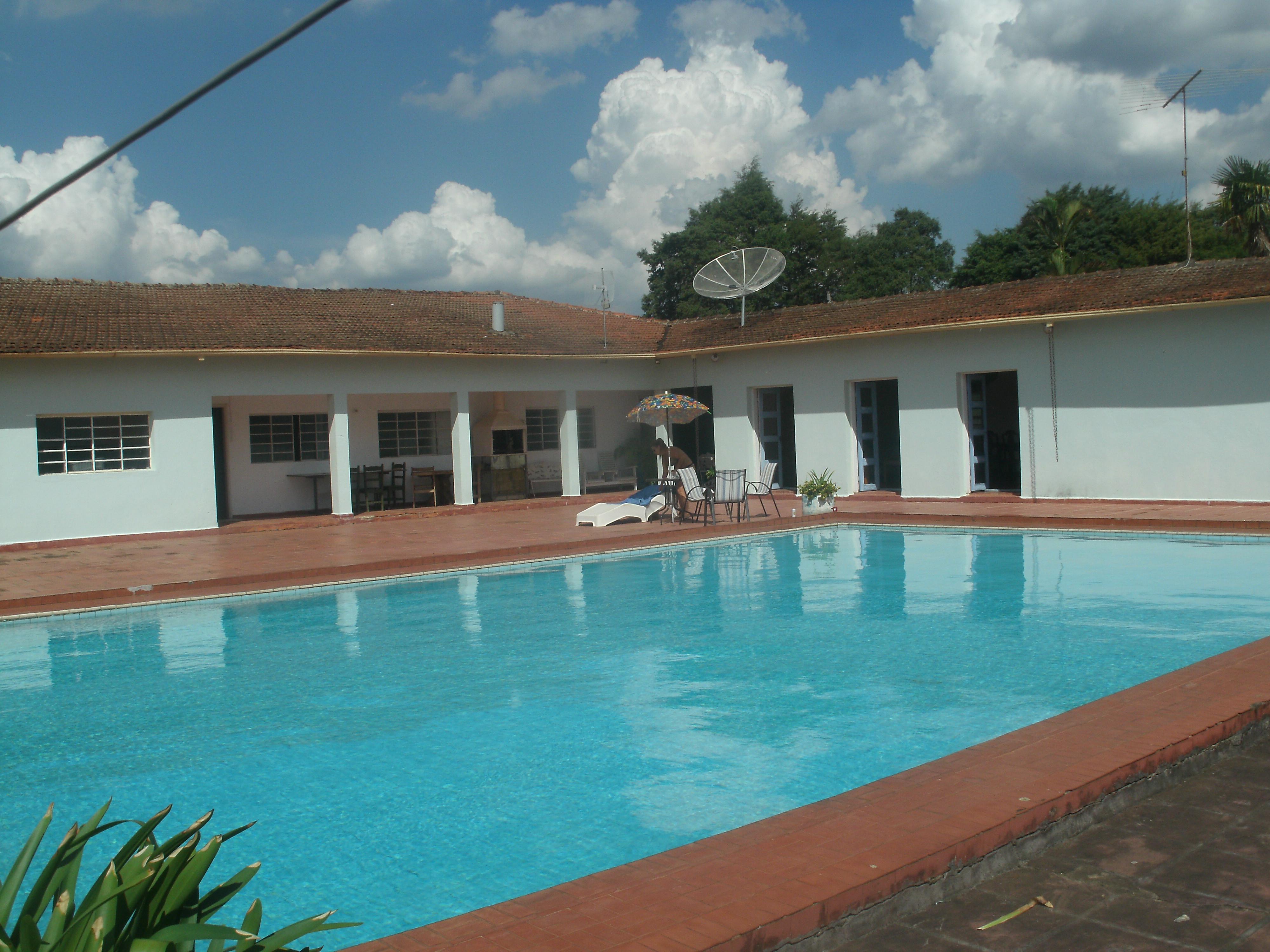 Hervorragendes Bauernhaus mit semi-olympischen Pool Wasserflle Seen und Wanderwege