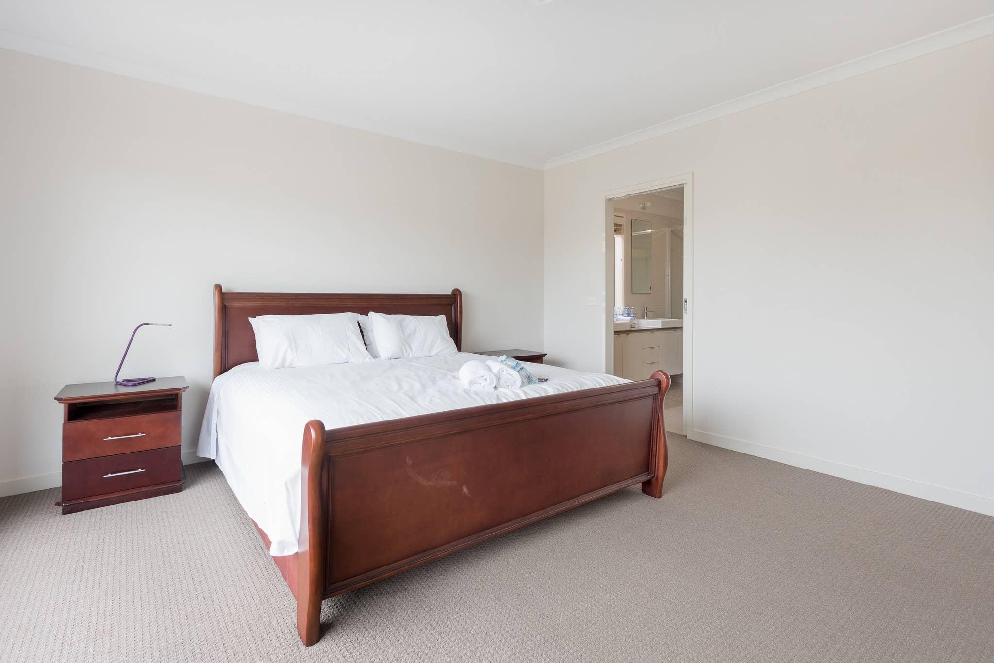 Ferienhaus 5br Luxushaus 20 Min bis Cbd Gerumiges Wohnen (2704199), Point Cook, , Victoria, Australien, Bild 8