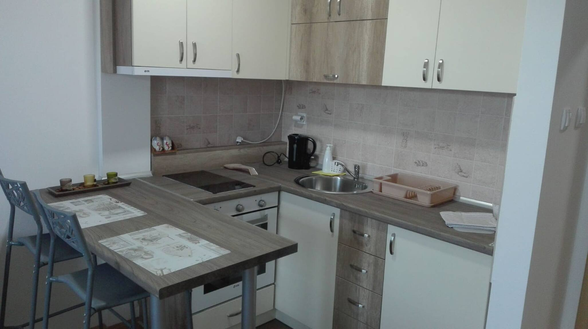 Riva Wohnung, Temerin