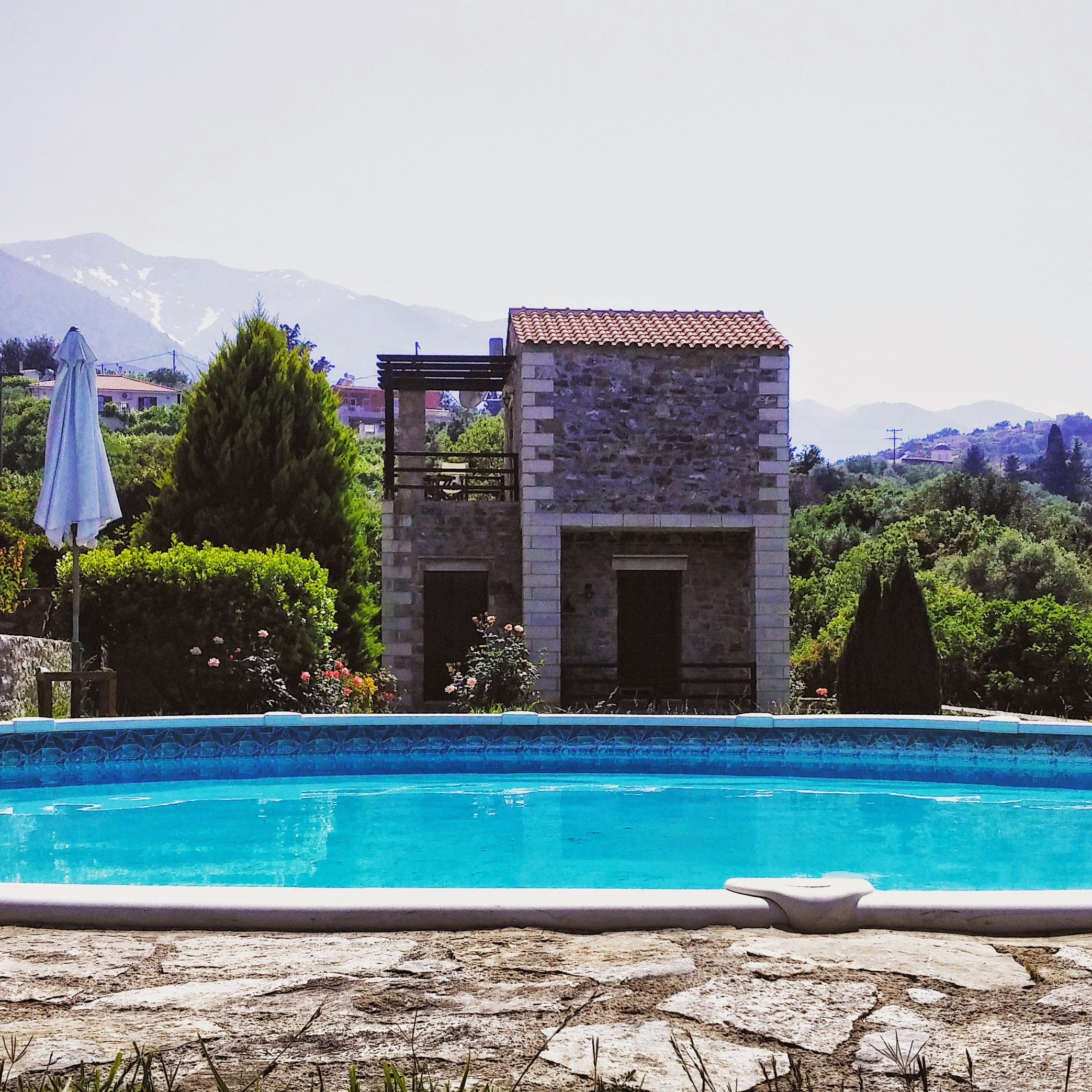 Stratos Villas Chania mit Pool und Meerblick