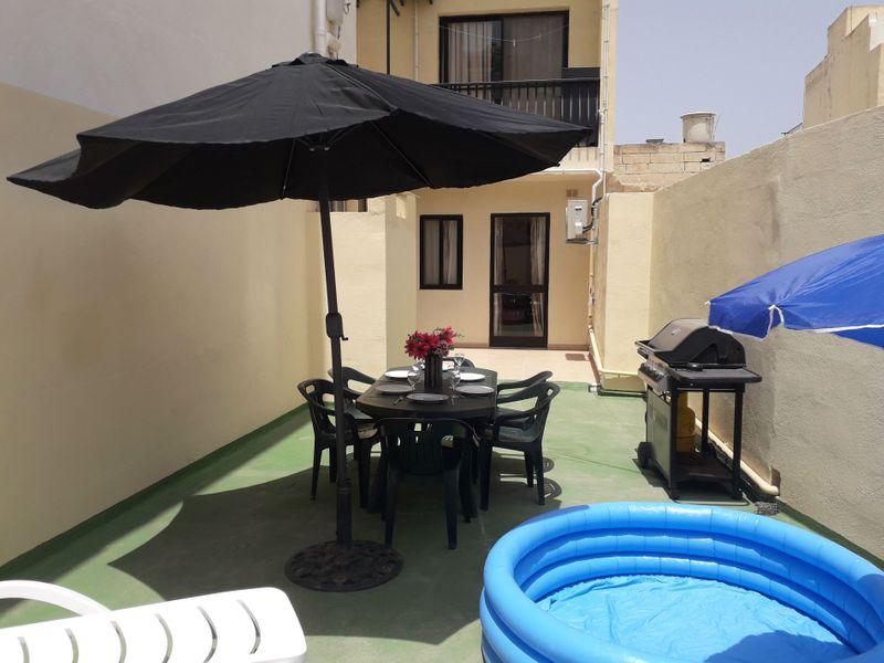 GetawaysMalta - Blue Harbour 2 Seafront 3-bedroom Apt with large back terrace