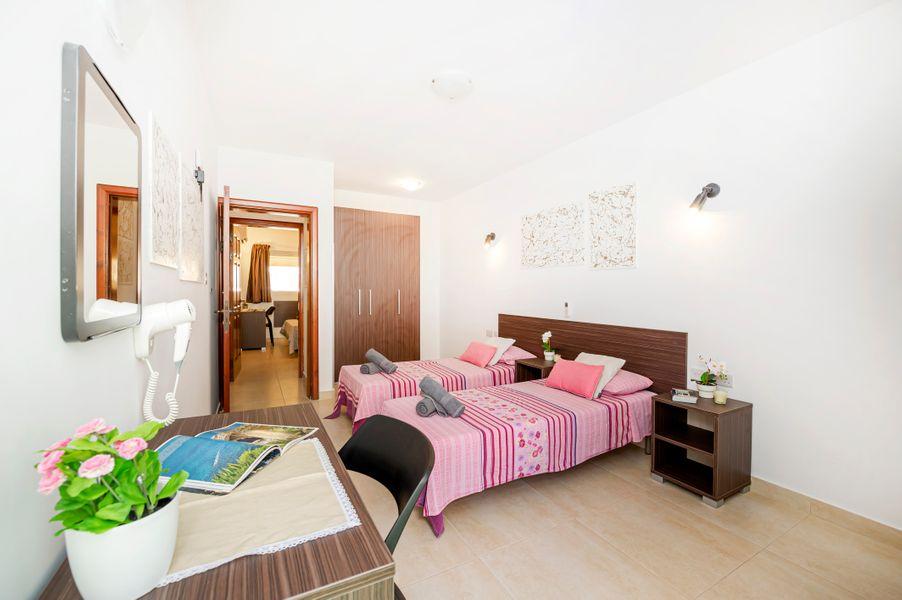 Summer breeze 3 Bedroom Maisonette.