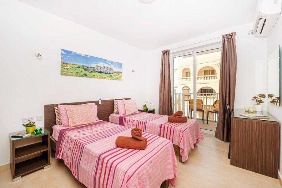 Summer Breeze Comfort Apartment
