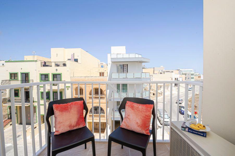 Summer Breeze Superior Apartment