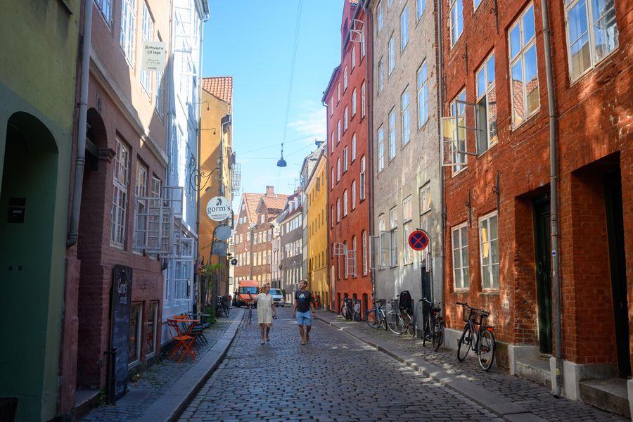 Cozy 1-bedroom apartment in the historical center of Copenhagen close to Tivoli
