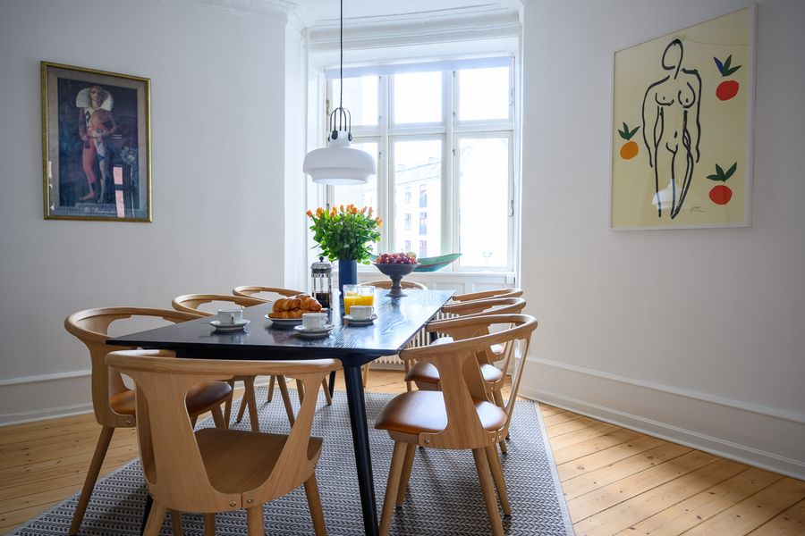 Brilliant Two-bedroom Apartment within walking distance to Nyhavn