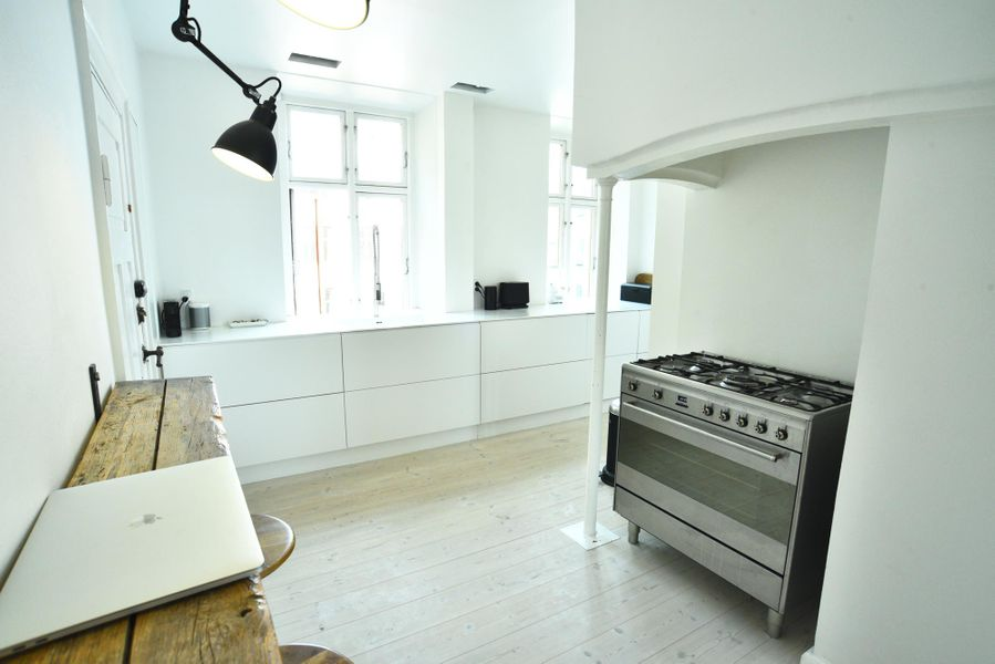 Bright and Spacious Apartment on the Waterfront Promenade in Central Copenhagen