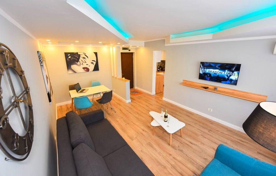 Twin 3 Apartment - Cismigiu Gardens