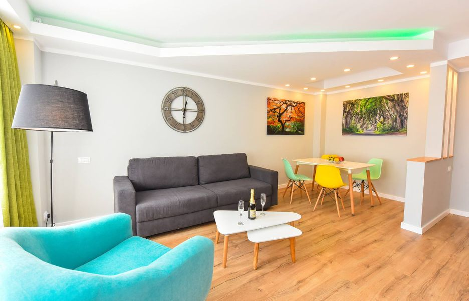 Twin 1 Apartment - Cismigiu Gardens