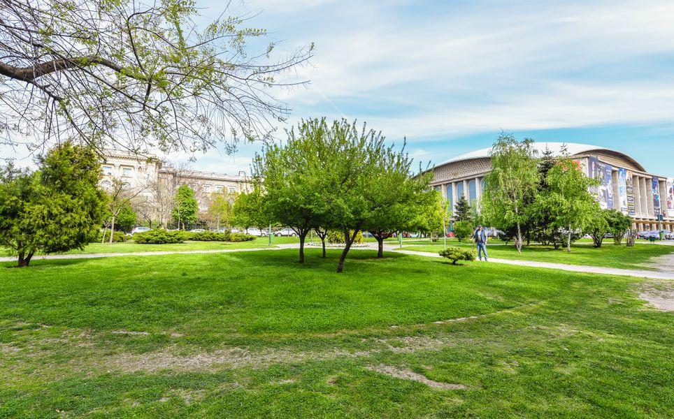 Bucharest Apartment - Cismigiu Gardens